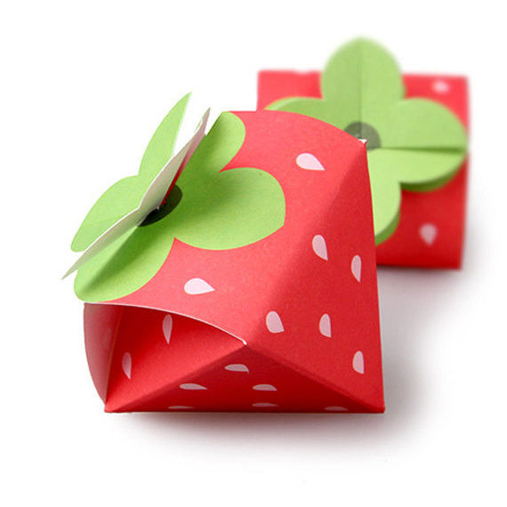 Strawberry Shaped Paper Candy Box Packaging Custom Design Printing Logo